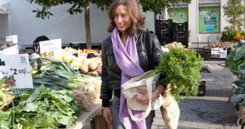 Nina Planck at farmers market