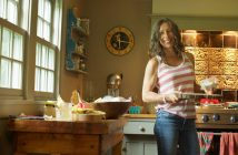 nina_kitchen_smile_carroll_2015